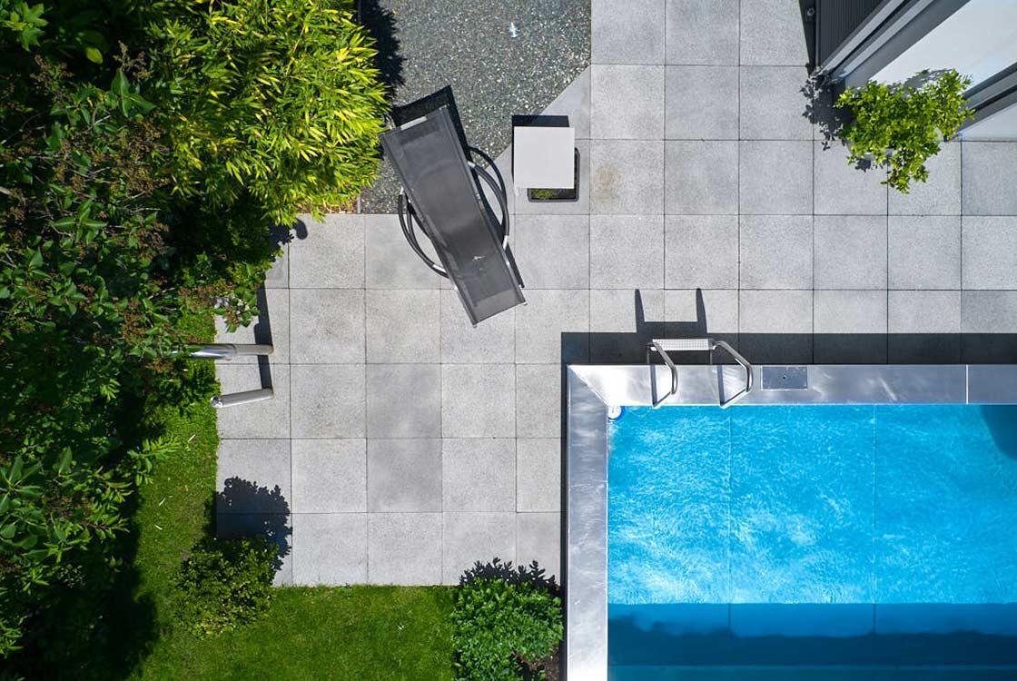 008_07_Pool-u-Terrase-von-oben-MW